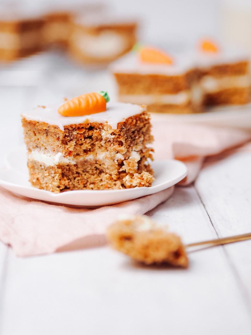 Karottenkuchen – Würfel